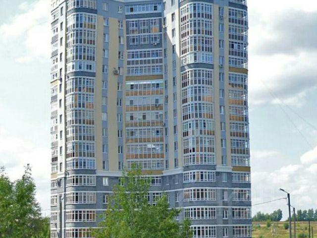 Продается двухкомнатная квартира за 4 150 000 рублей. Россия, Республика Мордовия, Саранск, проспект 60 лет Октября, 143.