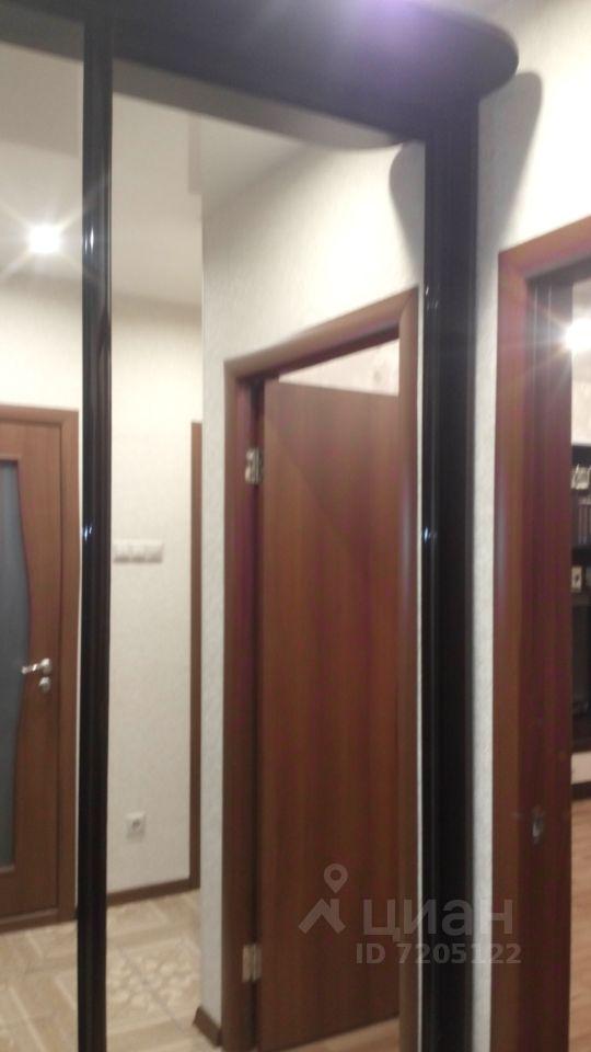 продается однокомнатная квартира город Москва, метро Алма-Атинская, Алма-Атинская улица, д. 5