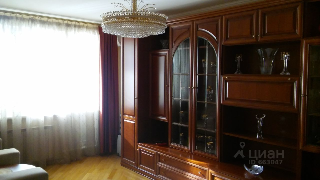 продаю двухкомнатную квартиру город Москва, метро Улица Старокачаловская, улица Грина, д. 18К2