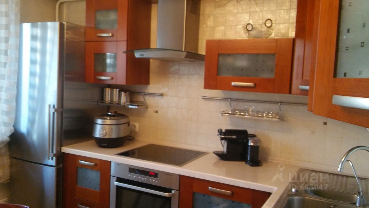 куплю двухкомнатную квартиру город Москва, метро Улица Старокачаловская, улица Грина, д. 18К2