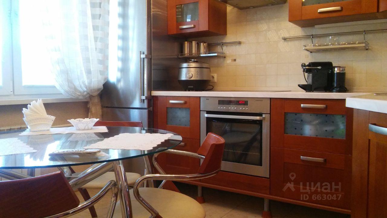 купить двухкомнатную квартиру город Москва, метро Улица Старокачаловская, улица Грина, д. 18К2