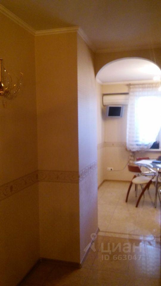продам двухкомнатную квартиру город Москва, метро Улица Старокачаловская, улица Грина, д. 18К2