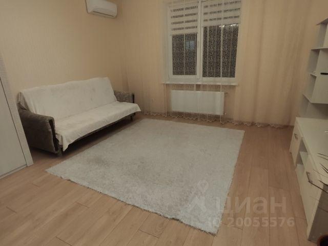 базу клиентов желающих снять квартиру 1 комнатную