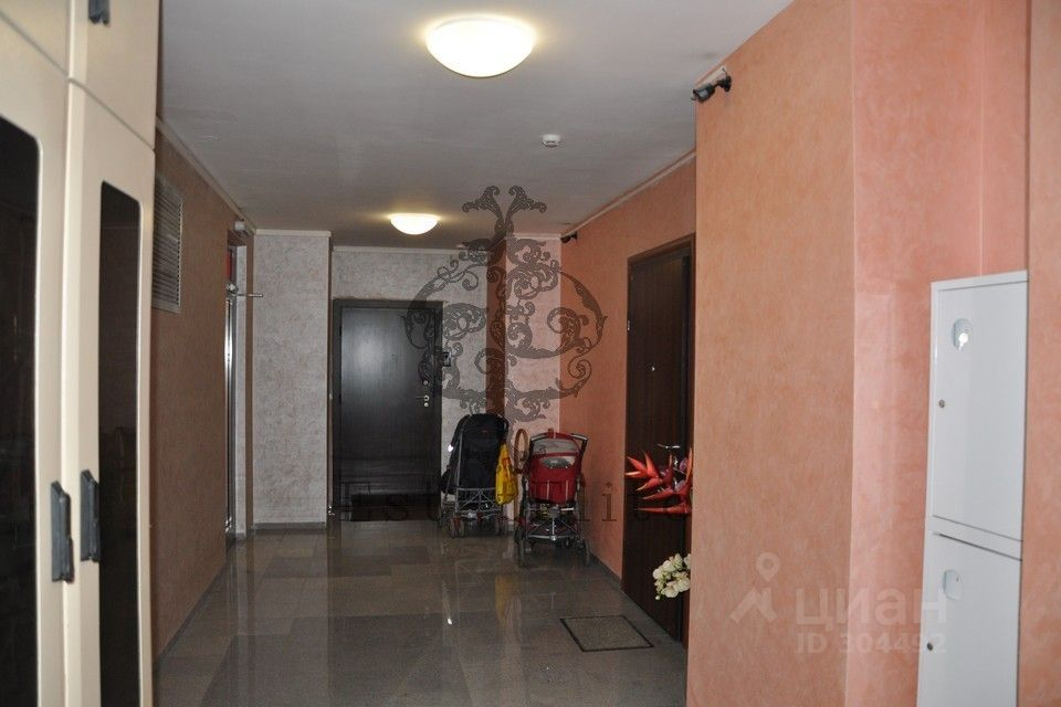 куплю двухкомнатную квартиру город Москва, метро Октябрьское поле, улица Маршала Тухачевского, д. 49