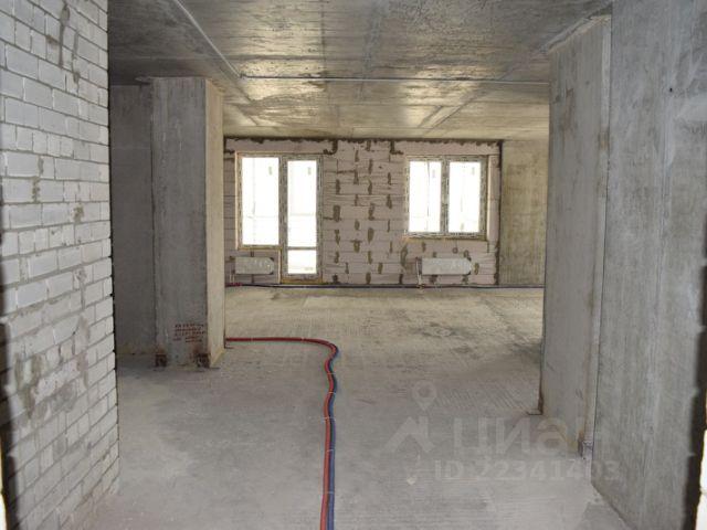 Продается трехкомнатная квартира за 5 000 000 рублей. г Саратов, ул Вольская, д 2Д к 2.