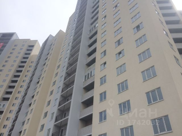 Продается трехкомнатная квартира за 3 155 000 рублей. г Саратов, ул Шелковичная.