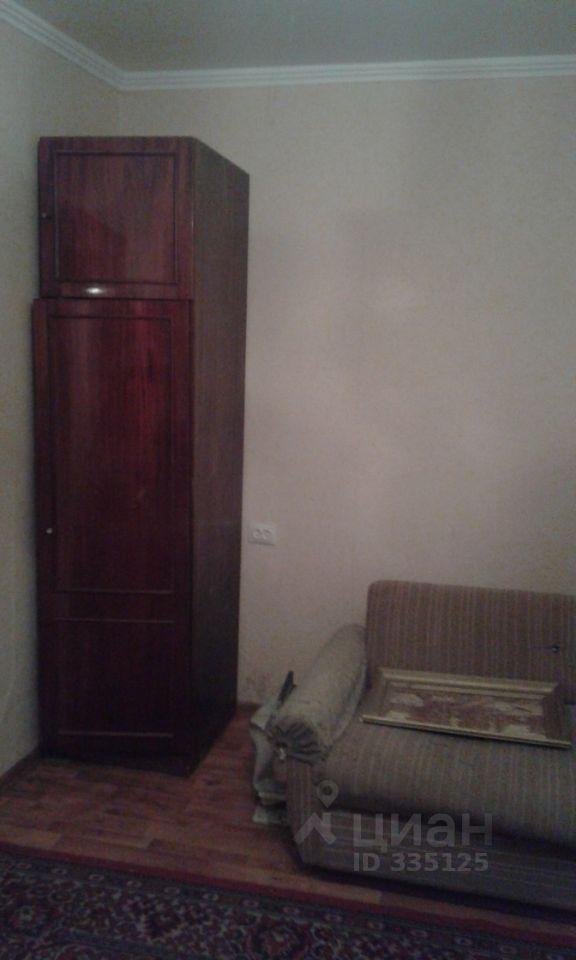 продаю двухкомнатную квартиру Воскресенский район, город Воскресенск, улица Беркино, д. 8