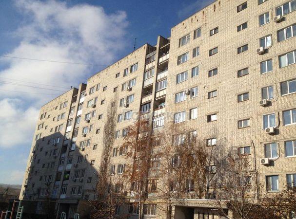 Продается трехкомнатная квартира за 2 000 000 рублей. г Саратов, 7-й Динамовский проезд, д 49/53.