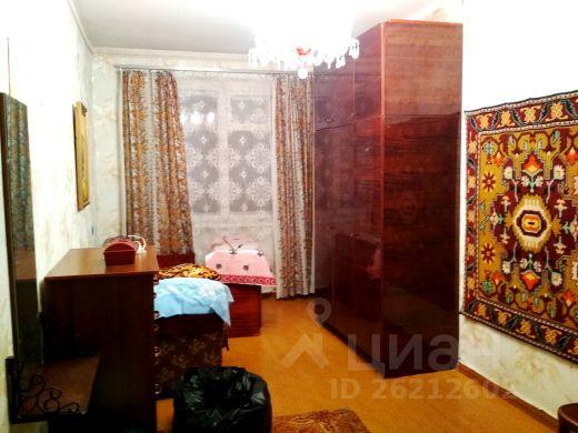 Продается двухкомнатная квартира за 1 580 000 рублей. г Курск, ул Серегина, д 6.