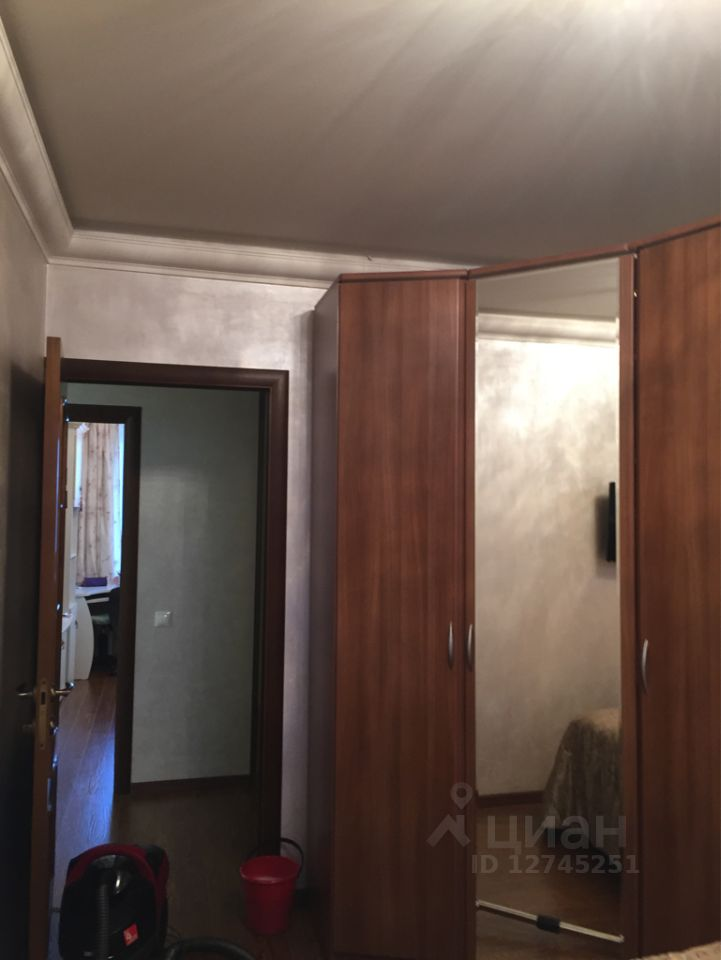 продаю трехкомнатную квартиру город Москва, метро Марьино, Подольская улица, д. 11