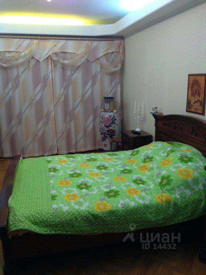 купить четырехкомнатную квартиру город Москва, метро Митино, Уваровский переулок, д. 7