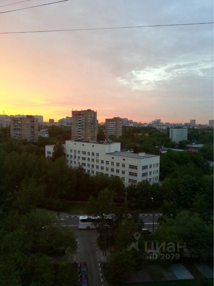 куплю трехкомнатную квартиру город Москва, метро Коломенская, Коломенская улица, д. 25
