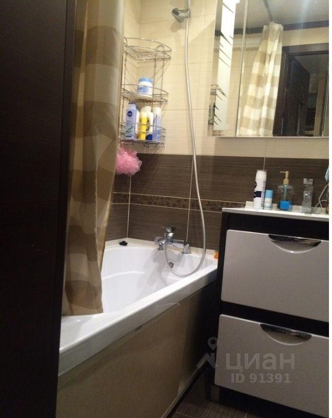 продам двухкомнатную квартиру город Москва, метро Сходненская, Штурвальная улица, д. 5С1