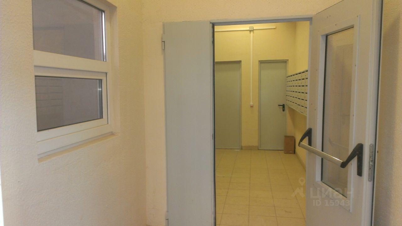 продается двухкомнатная квартира город Щербинка, метро Бунинская аллея, улица Барышевская Роща, д. 12