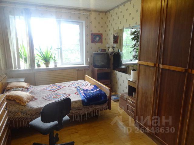 Продается четырехкомнатная квартира за 3 650 000 рублей. г Петрозаводск, р-н Голиковка, ул Калинина, д 8.