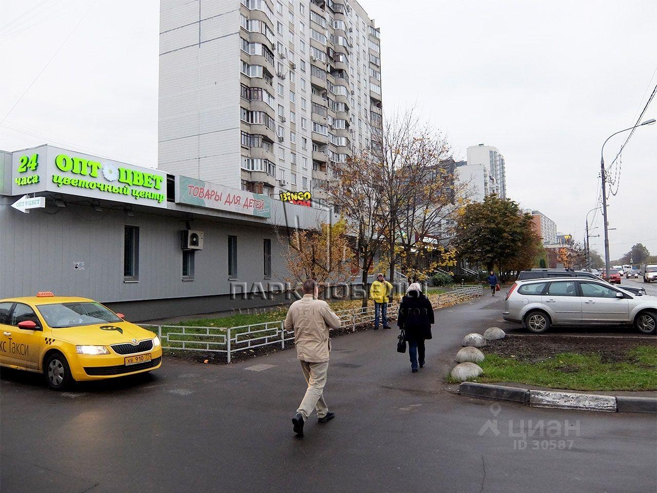 продаю торговую площадь город Москва, метро Митино, Митинская улица, д. 36