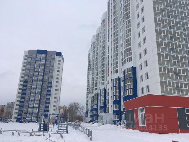 Продается трехкомнатная квартира за 3 532 000 рублей. Алтайский край, Барнаул, район Индустриальный, Северный Власихинский проезд, 96.