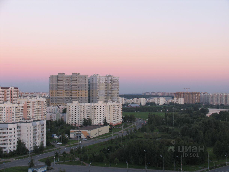 куплю двухкомнатную квартиру поселение Сосенское, метро Бунинская аллея, улица Александры Монаховой, д. 109к3