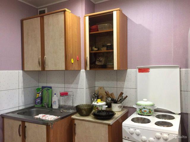 Продается двухкомнатная квартира за 2 600 000 рублей. г Мурманск, ул Капитана Маклакова, д 44.