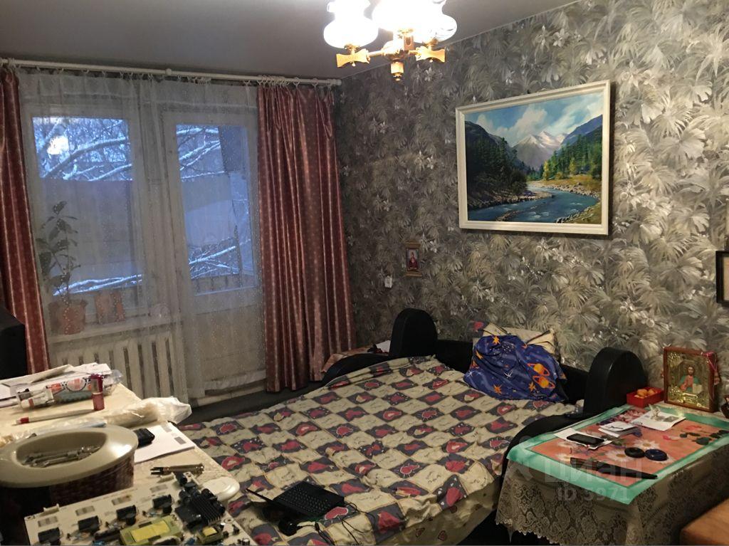продам трехкомнатную квартиру город Москва, Большая Филевская улица, д. 51К1