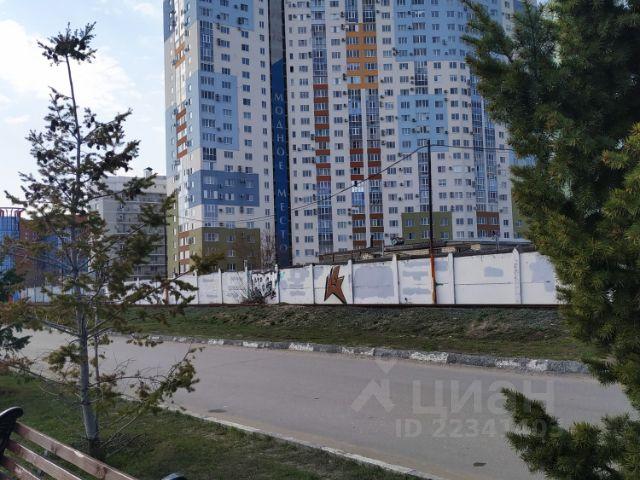 Продается двухкомнатная квартира за 4 200 000 рублей. г Саратов, ул Вольская, д 2Д.