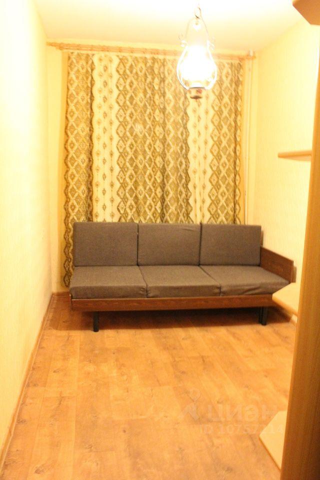 куплю двухкомнатную квартиру город Москва, метро Филевский парк, Кастанаевская улица, д. 36К1