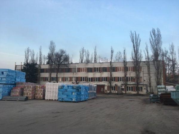 Офисно-складской комплекс на ул. Витрука, 4