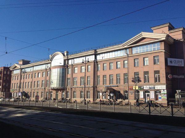 Торгово-офисный комплекс на Московском проспекте, 109