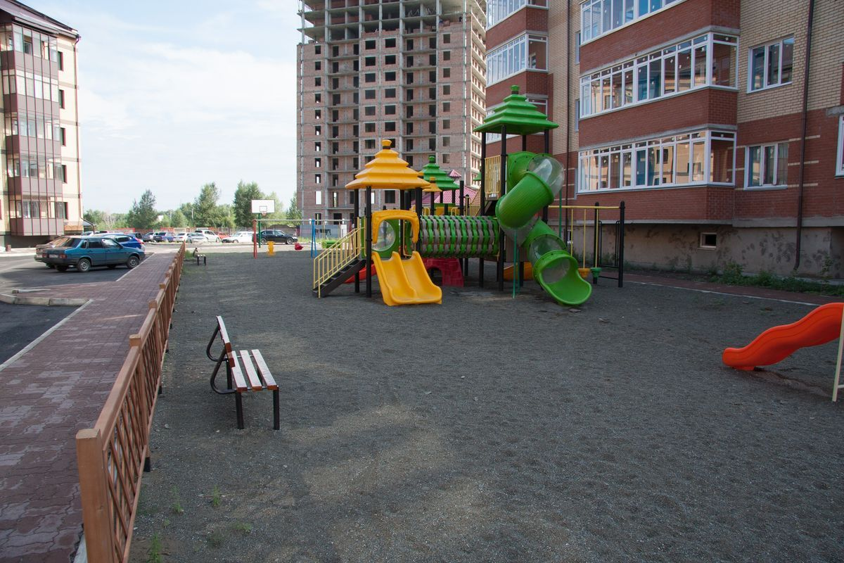 продажа квартир по ул. Авиаторов, 16