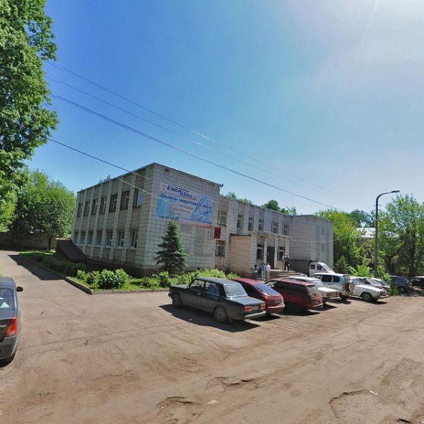 Административное здание на ул. Ерохова, 8
