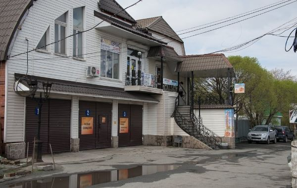 Отдельно стоящее здание на ул. Бажова, 67