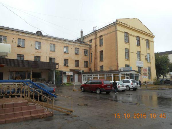 Торгово-офисный комплекс на ул. Савушкина, 6к10
