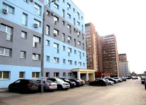 Отдельно стоящее здание на ул. Карбышева, 63Б