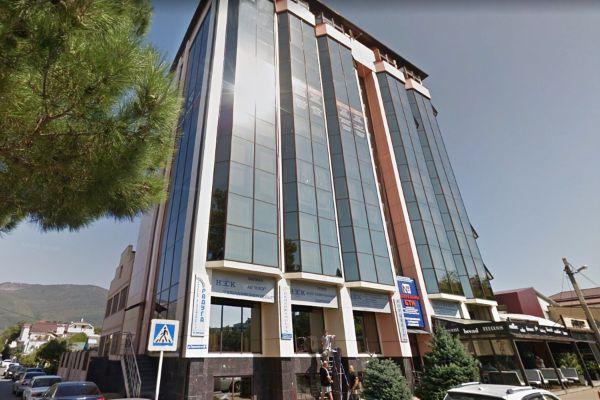 Бизнес-центр на ул. Первомайская, 61
