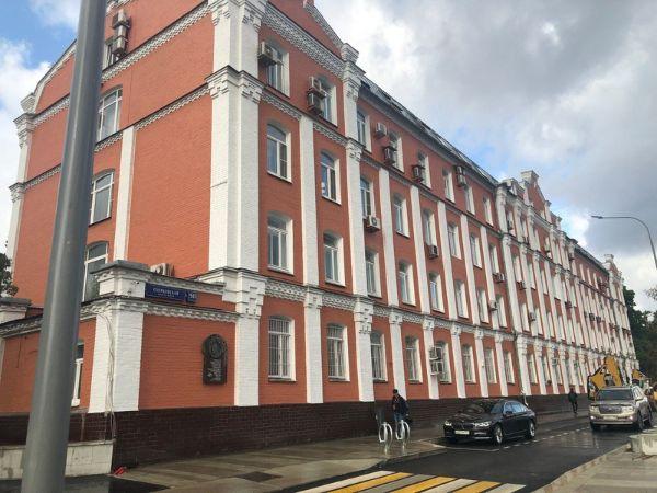 Отдельно стоящее здание на Озерковской набережной, 50с1