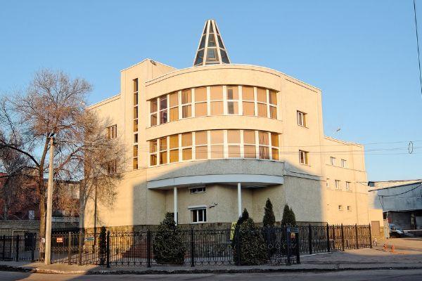 Отдельно стоящее здание на ул. Текстильщиков, 2А