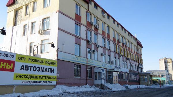 Офисное здание на ул. 50 лет Октября, 120