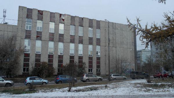 Отдельно стоящее здание на ул. Республики, 51с1