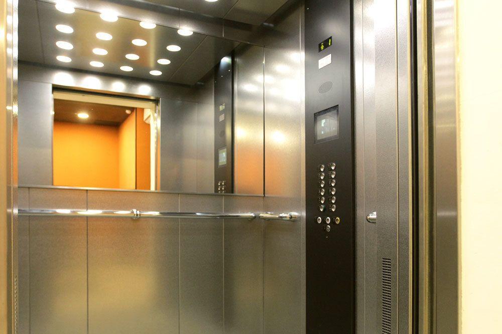 Найти помещение под офис Высотный проезд Арендовать помещение под офис Рославка 1-я улица
