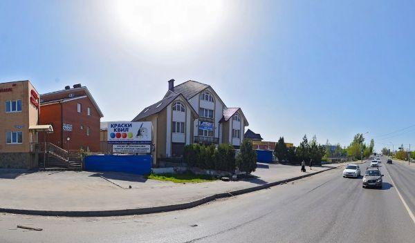Торговый дом на ул. Малиновского, 162/50