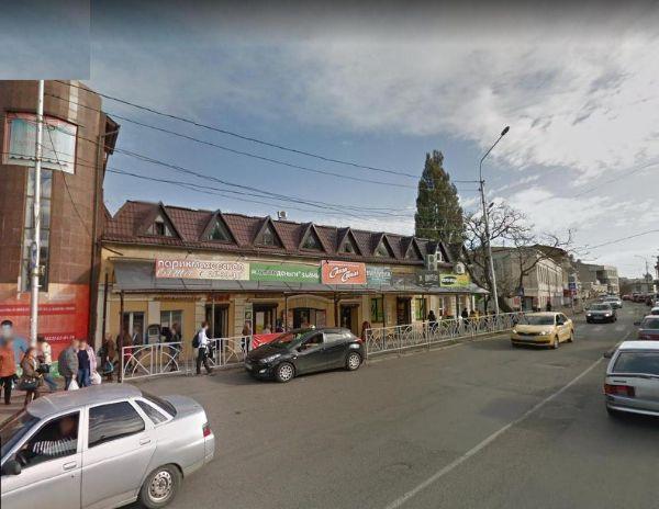 Торгово-офисный комплекс на ул. Голенева, 26