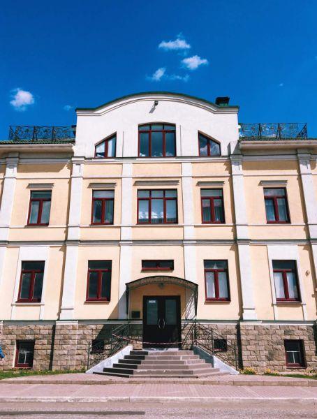 Офисное здание на ул. Лесная, 11Б