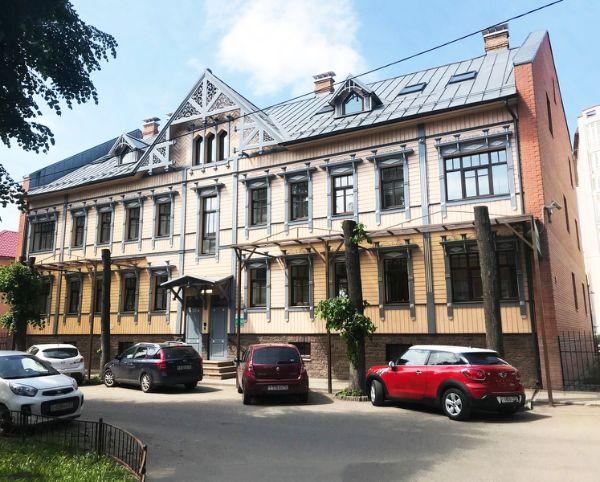 Офисное здание на ул. Флотская, 18