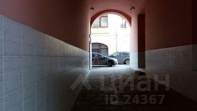e891cebcd1e8 127 объявлений - Снять помещение рядом с метро Площадь Революции ...