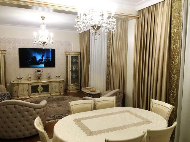 Продается трехкомнатная квартира за 39 500 000 рублей. г Москва, ул Ватутина, д 18 к 2.