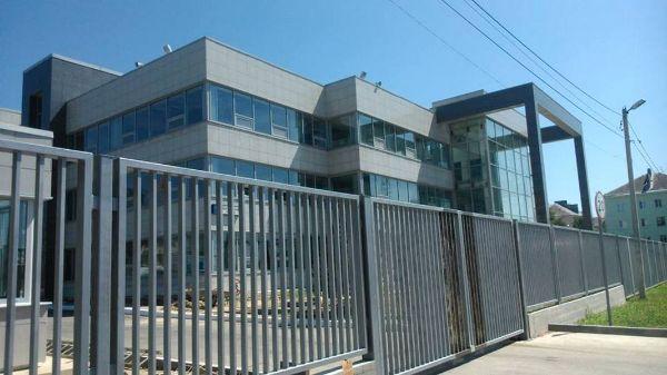 Офисно-производственный комплекс в Школьном проезде, 10