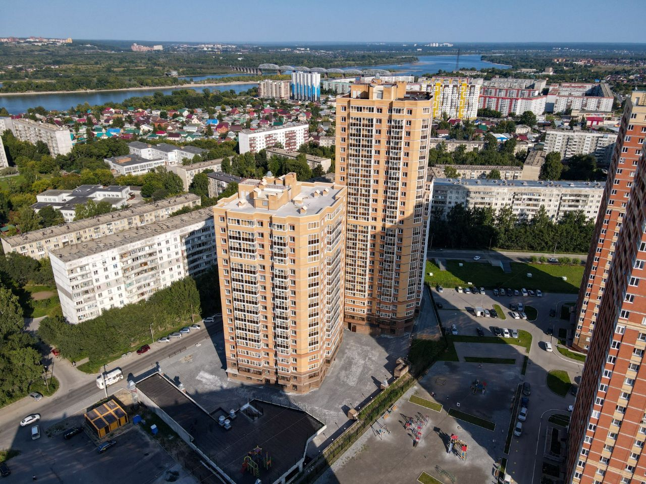 продажа квартир На Коротаева