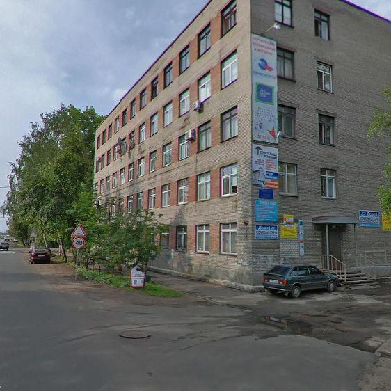 Административное здание на ул. Урицкого, 17