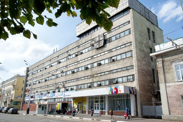 Отдельно стоящее здание на ул. Интернациональная, 9