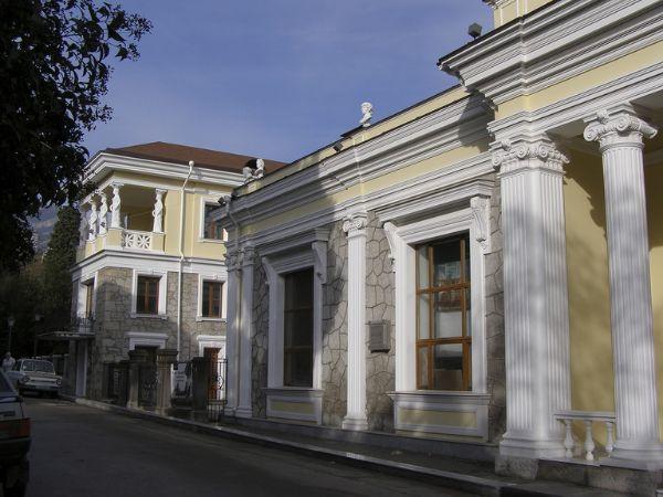 Отдельно стоящее здание на ул. Екатерининская, 3